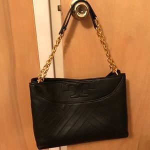 Alexa Quilted Slouchy Leather Tote Black Authentic